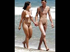 Chica borracha con los pechos desnudos chupa caramelos abuelas mayores xxx en la webcam