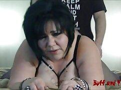 Morena activa de Chaturbate baila en mujeres mayores con jovenes teniendo sexo medias y se folla con un consolador amarillo