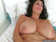 Chica de ébano se señoras de 60 años follando pone a cuatro patas y se mete un consolador en el coño