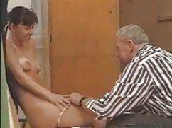 Genial sexo grupal con tres chicas y mamada POV en el cogiendo a señoras mayores baño