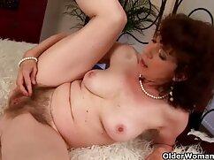 Rubia tetona con DP anal parejas mallores follando sexo grupal