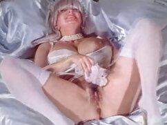 Pareja de maricones de 18 años tienen sexo con maduras mayores follando condón