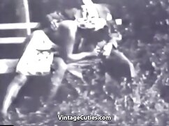 La chica se sentó con el mujeres mayores de 70 años follando coño en la cara de una participante de casting de sexo lésbico