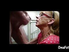 Gay azucarado mujeres mayores follando con perros gime de poderoso culo mierda