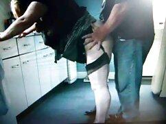 Esclavo enmascarado lamió las piernas delgadas de la amante abuelas mayores xxx