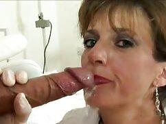 Hermosas lesbianas dan a los hombres todos los agujeros en una mujeres mayores cojiendo con jovenes fiesta sexual privada